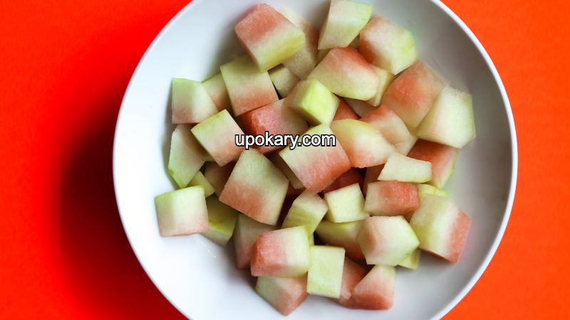 watermelon pickles cut